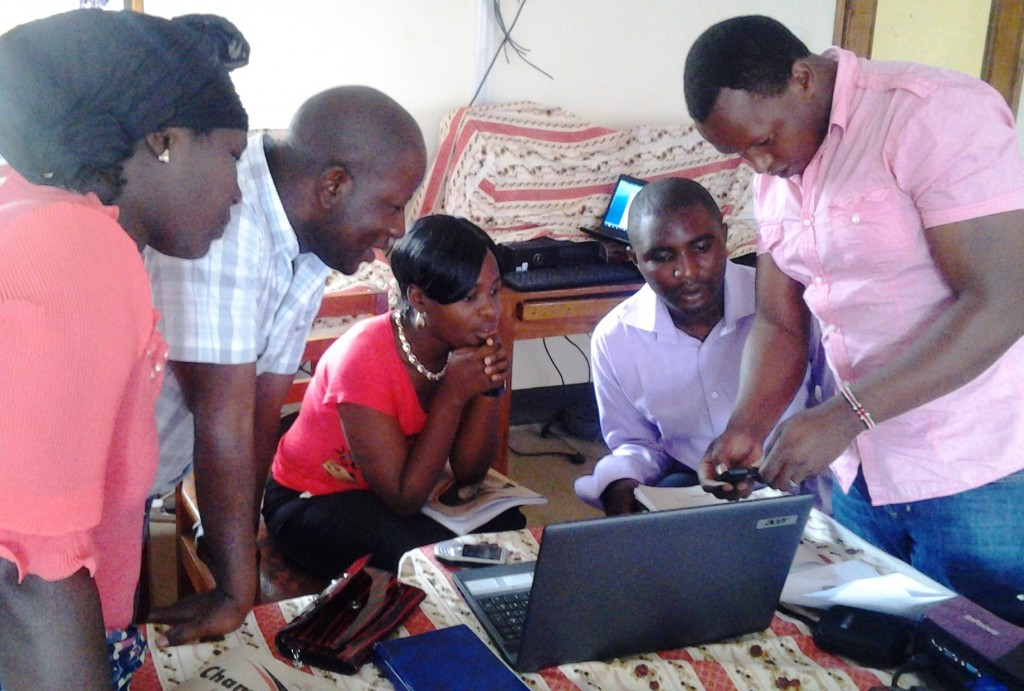 7 training with Joseph on how to run farmer field groups for Radio Farmer (1)